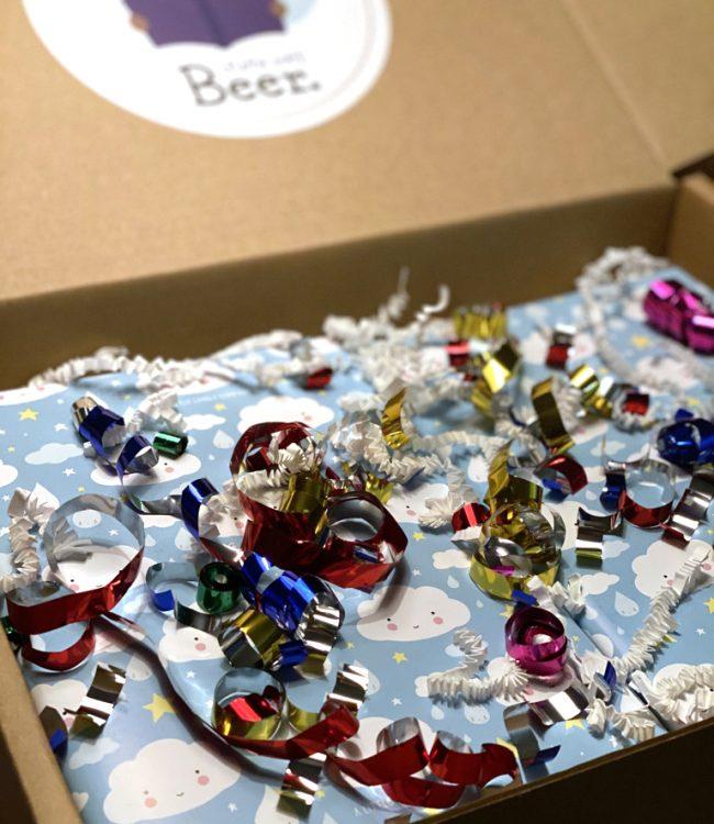 Cadeauverpakking lezen met beer - Bestel je leesbox en wij pakken hem mooi in!